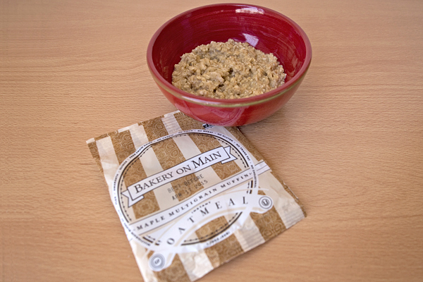 Bakery On Main: Gluten-Free Oatmeal Review & Giveaway