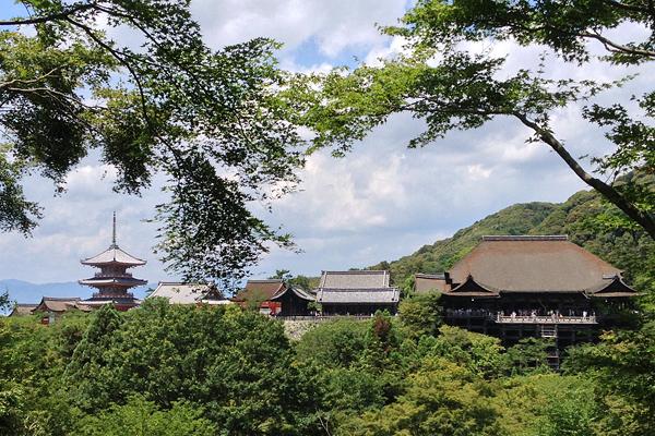 Kiyomizudera temple complex