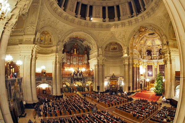Christmas Eve service at the Berliner Dom