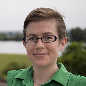 Anna Sonnenberg headshot